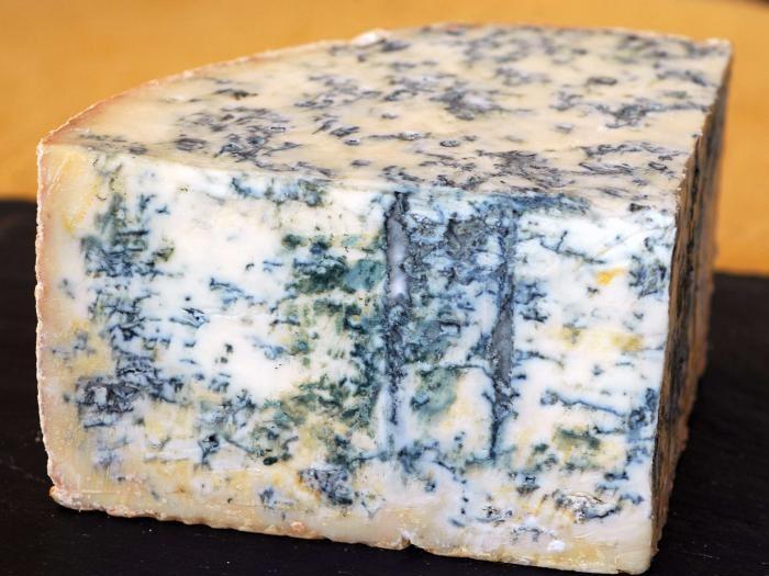 Изображение сыра с голубой плесенью