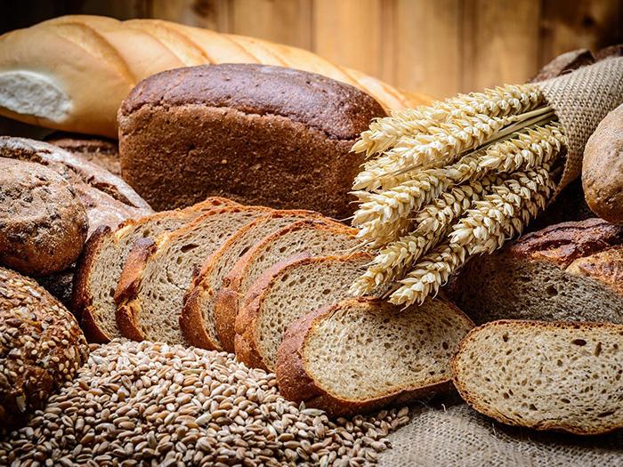 Черный хлеб и злаки