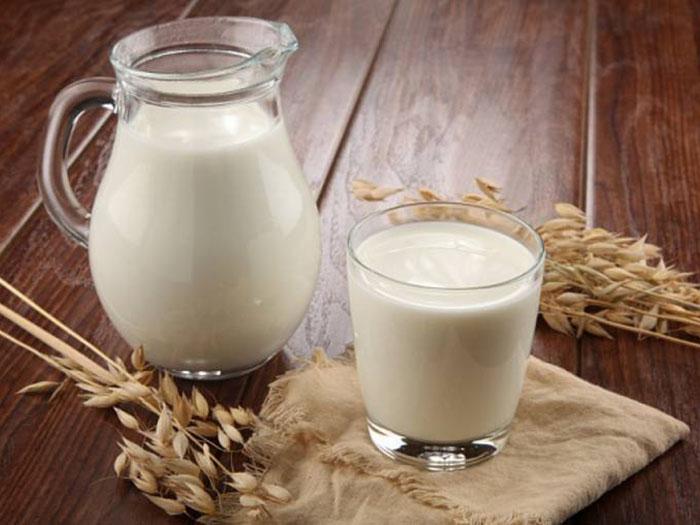 Молоко и пара колосков