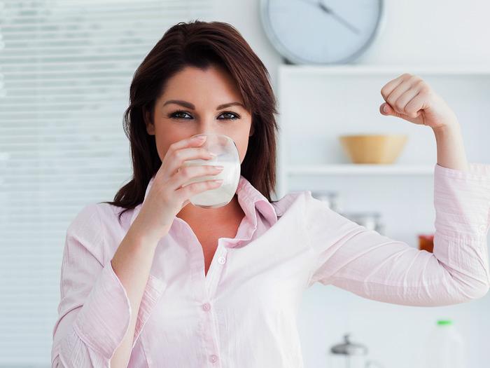 Вы явно заметите, как повысится качество вашего самочувствия после нескольких дней постоянного приема молока