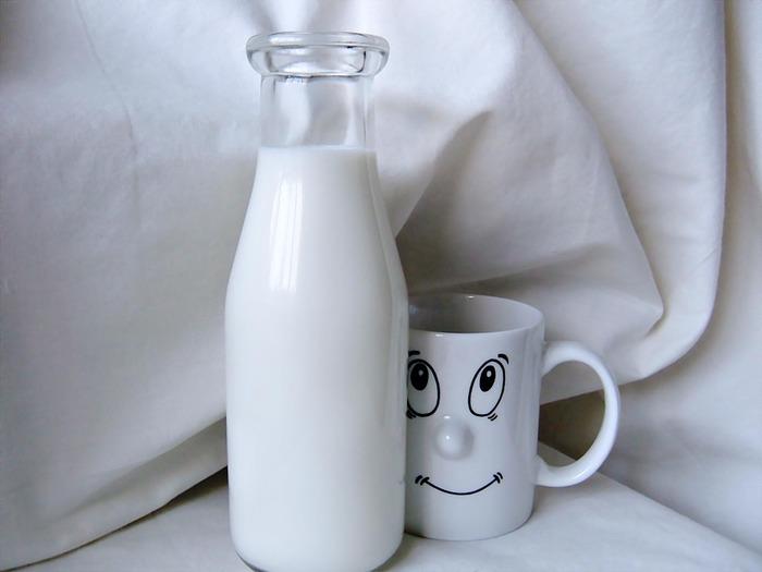 Козье молоко считается почти что универсальным продуктом питания, так как не имеет практически никаких противопоказаний