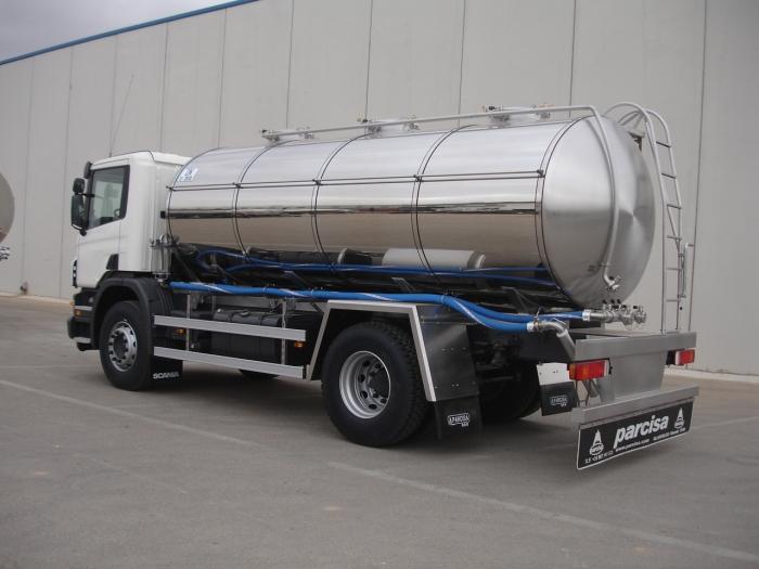 Машина по перевозке молока