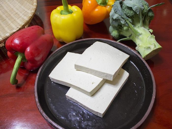 Из соевого экстракта можно приготовить и кефир, и сыр Тофу
